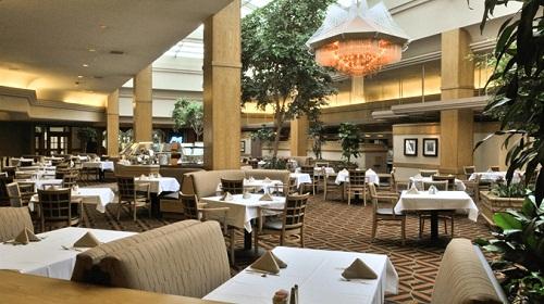 Phong cách thiết kế phòng ăn đẹp lộng lẫy cho khách sạn